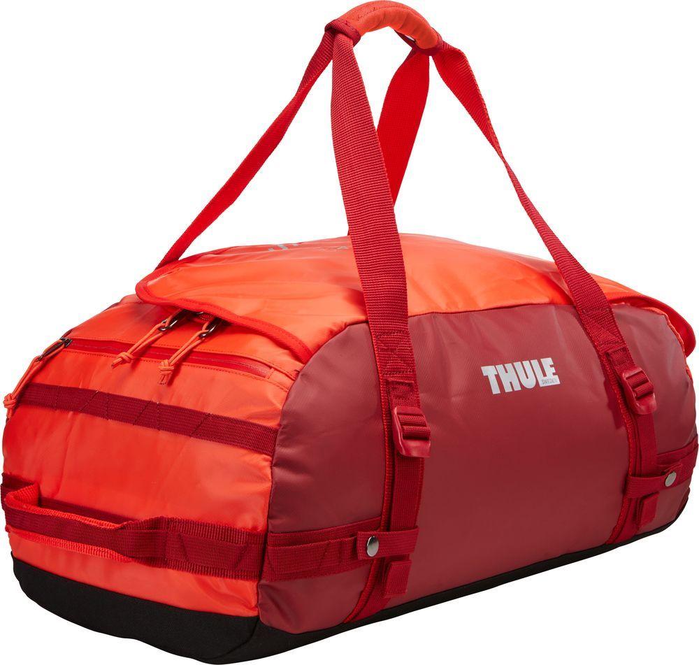 Спортивная сумка-баул Thule Chasm, цвет: ярко-оранжевый, 40 л. Размер S221103Спортивная сумка-баул Thule Chasm - эти жесткие, устойчивые к неблагоприятным погодным условиям сумки с широко раскрывающимся основным отделением и съемными ремнями - ваши надежные спутники в любой поездке.Особенности:Увеличенный угол открывания облегчает доступ к содержимому. Возможны два способа переноски: в качестве рюкзака и спортивной сумки (все неиспользуемые ремни можно убрать). Прочная водонепроницаемая брезентовая ткань защищает вещи, а также легко складывается для компактного хранения. Внутренние сетчатые карманы помогают сортировать и хранить вещи. Внешние стягивающие ремни удерживают вещи так, чтобы они не падали на дно сумки, когда сумка становится рюкзаком. Мягкое дно защитит вещи при контакте с землей. Запирающийся боковой карман на молнии позволяет надежно хранить небольшие предметы под рукой (замок продается отдельно). Быстрый доступ к небольшим предметам через внешний потайной карман.