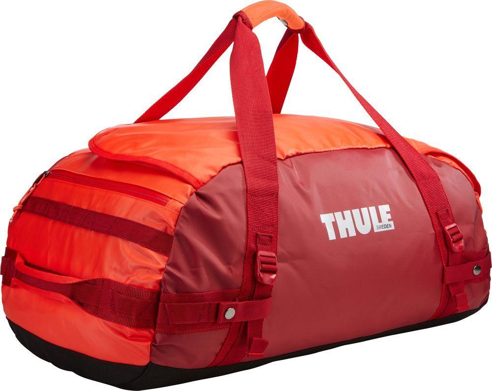 Спортивная сумка-баул Thule Chasm, цвет: ярко-оранжевый, 70 л. Размер M221203Спортивная сумка-баул Thule Chasm - эти жесткие, устойчивые к неблагоприятным погодным условиям сумки с широко раскрывающимся основным отделением и съемными ремнями - ваши надежные спутники в любой поездке.Особенности:Увеличенный угол открывания облегчает доступ к содержимому. Возможны два способа переноски: в качестве рюкзака и спортивной сумки (все неиспользуемые ремни можно убрать). Прочная водонепроницаемая брезентовая ткань защищает вещи, а также легко складывается для компактного хранения. Внутренние сетчатые карманы помогают сортировать и хранить вещи. Внешние стягивающие ремни удерживают вещи так, чтобы они не падали на дно сумки, когда сумка становится рюкзаком. Мягкое дно защитит вещи при контакте с землей. Запирающийся боковой карман на молнии позволяет надежно хранить небольшие предметы под рукой (замок продается отдельно). Быстрый доступ к небольшим предметам через внешний потайной карман.