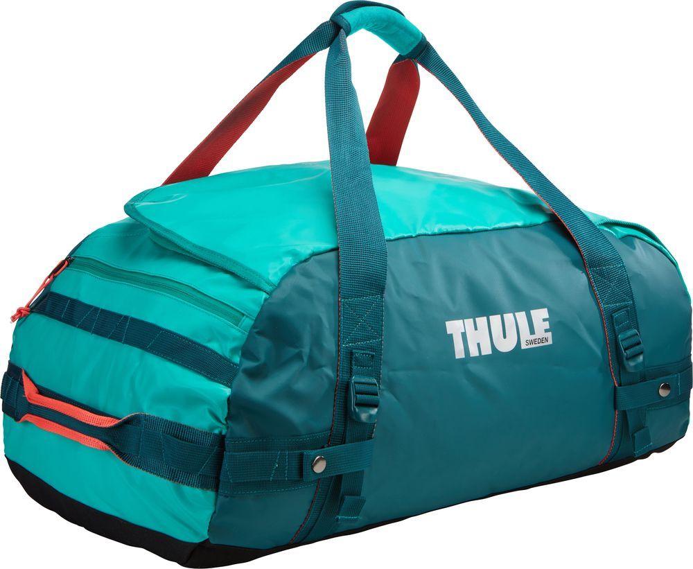 Спортивная сумка-баул Thule Chasm, цвет: изумрудный, 70 л. Размер MMABLSEH10001Спортивная сумка-баул Thule Chasm - эти жесткие, устойчивые к неблагоприятным погодным условиям сумки с широко раскрывающимся основным отделением и съемными ремнями - ваши надежные спутники в любой поездке.Особенности:Увеличенный угол открывания облегчает доступ к содержимому. Возможны два способа переноски: в качестве рюкзака и спортивной сумки (все неиспользуемые ремни можно убрать). Прочная водонепроницаемая брезентовая ткань защищает вещи, а также легко складывается для компактного хранения. Внутренние сетчатые карманы помогают сортировать и хранить вещи. Внешние стягивающие ремни удерживают вещи так, чтобы они не падали на дно сумки, когда сумка становится рюкзаком. Мягкое дно защитит вещи при контакте с землей. Запирающийся боковой карман на молнии позволяет надежно хранить небольшие предметы под рукой (замок продается отдельно). Быстрый доступ к небольшим предметам через внешний потайной карман.
