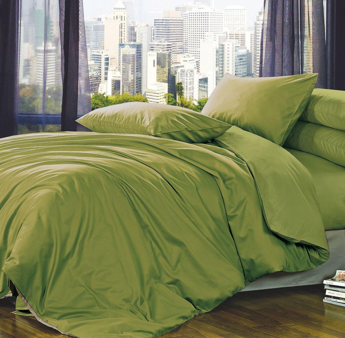 Комплект белья Коллекция Зеленый, 2-спальный, наволочки 70x70 см85317Комплект постельного белья Коллекция Зеленый выполнен из полисатина. Комплект состоит из пододеяльника, простыни и двух наволочек. Тонкое, средней плотности, с шелковистой поверхностью и приятным блеском постельное белье устойчиво к износу, не выгорает, не линяет, рассчитано на многократные стирки. Двойная скрутка волокон позволяет получать довольно плотный, прочный на разрыв материал. Легко отстирывается, быстро сохнет и самой важно для хозяек - не мнется!