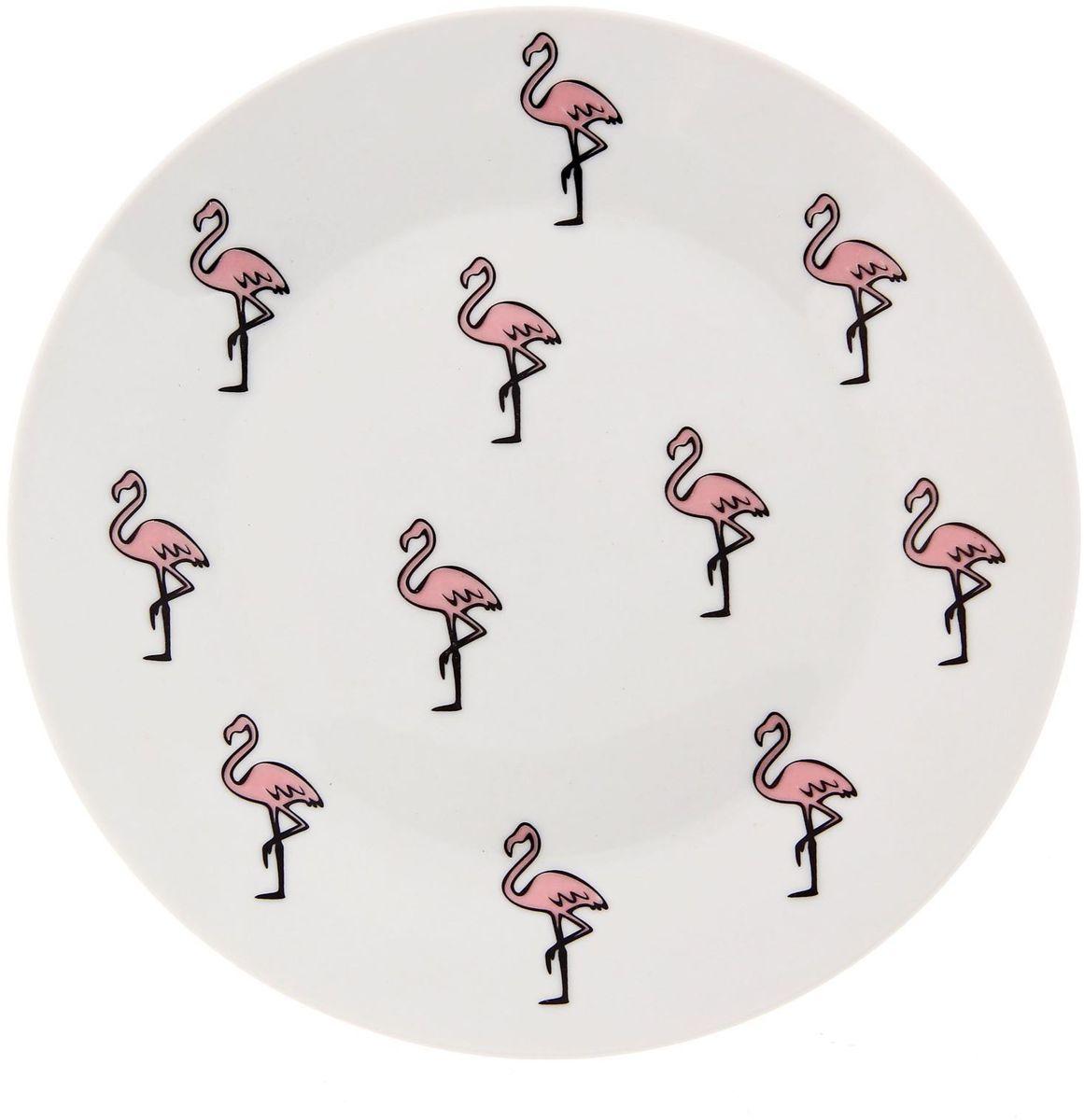 Тарелка мелкая Сотвори чудо Розовый фламинго, диаметр 20 см54 009312Хотите обновить интерьер кухни или гостиной? Устраиваете необычную фотосессию или тематический праздник? А может, просто ищете подарок для близкого человека? Посуда Сотвори Чудо — правильный выбор в любой ситуации. Тарелка Сотвори Чудо, изготовленная из изящного фаянса нежного сливочного цвета, оформлена оригинальным рисунком со стойкой краской. Пригодна для посудомоечной машины.