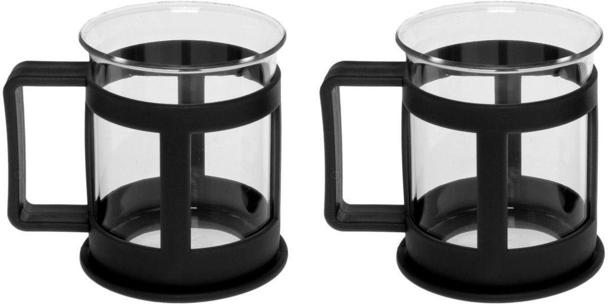 Набор кружек Доляна Классика, цвет: черный, 200 мл, 2 штVT-1520(SR)Практичный набор кружек пригодится каждому человеку. Поставьте его на кухне, возьмите с собой на работу, в поход или путешествие: качественные изделия не подведут вас.Достоинства:удобный пластиковый подстаканник защищает стеклянный корпус;ручка не нагревается от горячих напитков;изделие легко мыть;необычный дизайн освежает интерьер.При необходимости стеклянная часть кружки может быть извлечена.Делайте свою жизнь комфортнее!