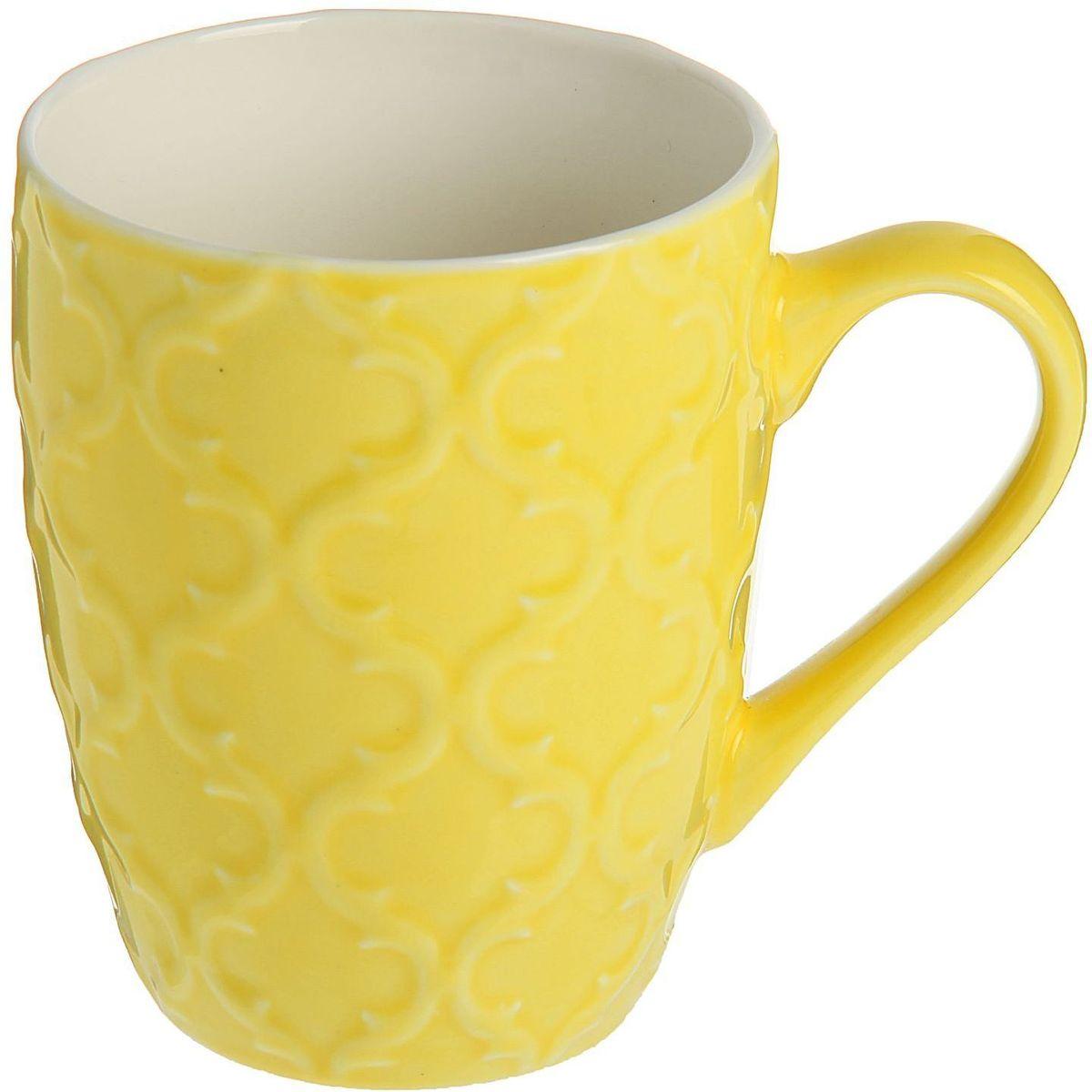 Кружка Доляна Орнамент, цвет: желтый, 320 мл1625301Кружка Доляна Орнамент изготовлена из керамики. Она украшена оригинальным выпуклым орнаментом.Кружка станет отличным подарком для родных и близких. Это любимый аксессуар на долгие годы. Относитесь к изделию бережно, и оно будет дарить прекрасное настроение каждый день.