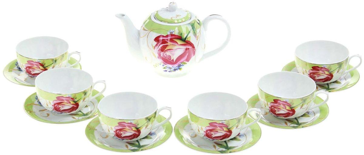 Набор чайный Доляна Утренняя роза, 13 предметов115510Какую посуду выбрать для чаепития? Конечно, традиционный напиток по необходимости можно пить и из помятой алюминиевой кружки. Но все-таки большинство хозяек стараются приобрести изящные и оригинальные модели для эстетического наслаждения неповторимым вкусом и тонким ароматом хорошего чая.Кухонная керамика сочетает в себе бытовую практичность и декоративную утонченность. Сервиз чайный Утренняя роза, 13 предметов: 6 чашек 250 мл, 6 блюдец, чайник 1 л отличается высокой прочностью и обаятельным дизайном. Нарядный комплект обязательных для чаепития атрибутов изготовлен на родине древнего напитка и привнесет в каждую трапезу особую энергетику.