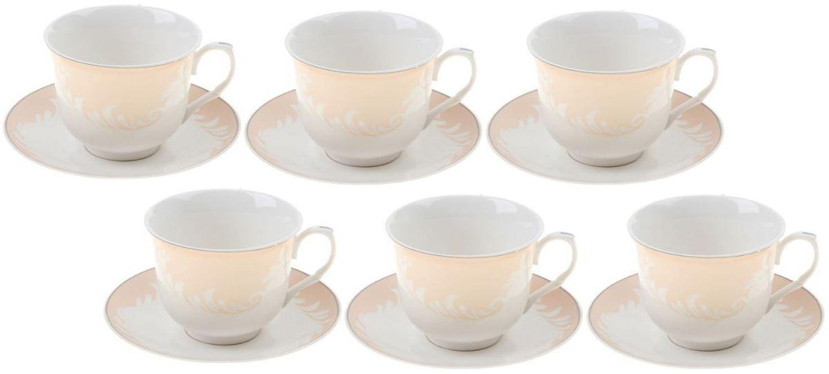 Сервиз чайный Доляна Мадлен, 12 предметовVT-1520(SR)Кто-то ценит в посуде смелый и неординарный дизайн, отход от классики и эпатаж. Ну а большинство людей придерживается традиционных взглядов. Если вам ближе классика, то сервиз чайный 12 предметов в подарочной коробке Мадлен (чашка 220 мл) — именно то, что нужно!Ведь что ни говори, а чаепитие испокон веков связывалось с теплотой, неспешностью и лёгкостью. И посуда для этого требовалась соответствующая. Сервиз «Мадлен» с его пастельными цветами и плавными линиями как нельзя лучше способствует поддержанию душевной застольной беседы. Гости будут приятно удивлены радушием хозяина, выставившим для них такой прекрасный набор посуды!В набор входят:чашка (220 мл) — 6 шт.,блюдце — 6 шт.При всём изяществе керамическая посуда отличается неприхотливостью и не требует особых условий хранения. Она подходит для повседневного использования и мытья в посудомоечных машинах. Однако нескольких простых правил всё же стоит придерживаться:не допускать падения посуды с высоты;избегать использования при экстремально низких и высоких температурах;избегать прямого контакта с огнём.