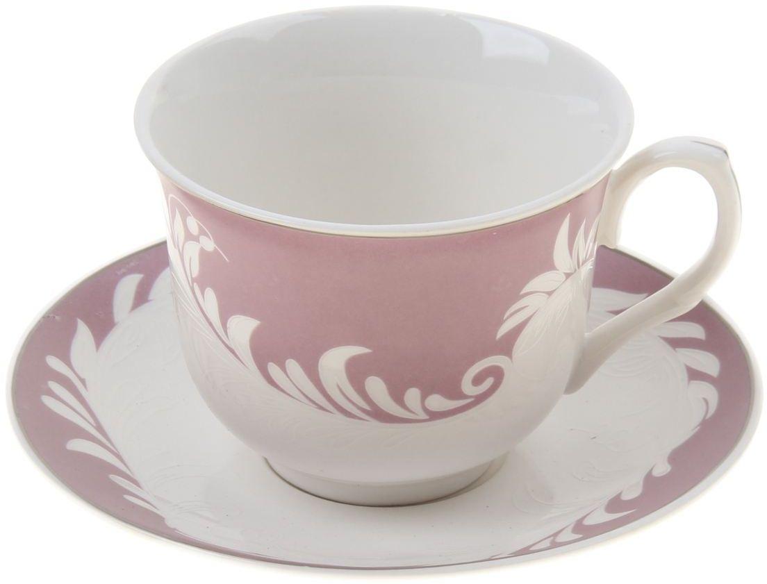 Чайная пара Доляна Мирэль, 2 предмета115510Какую посуду выбрать для чаепития? Конечно, традиционный напиток по необходимости можно пить и из помятой алюминиевой кружки. Но все-таки большинство хозяек стараются приобрести изящные и оригинальные модели для эстетического наслаждения неповторимым вкусом и тонким ароматом хорошего чая.Кухонная керамика сочетает в себе бытовую практичность и декоративную утонченность. Нарядный комплект обязательных для чаепития атрибутов изготовлен на родине древнего напитка и привнесет в каждую трапезу особую энергетику.