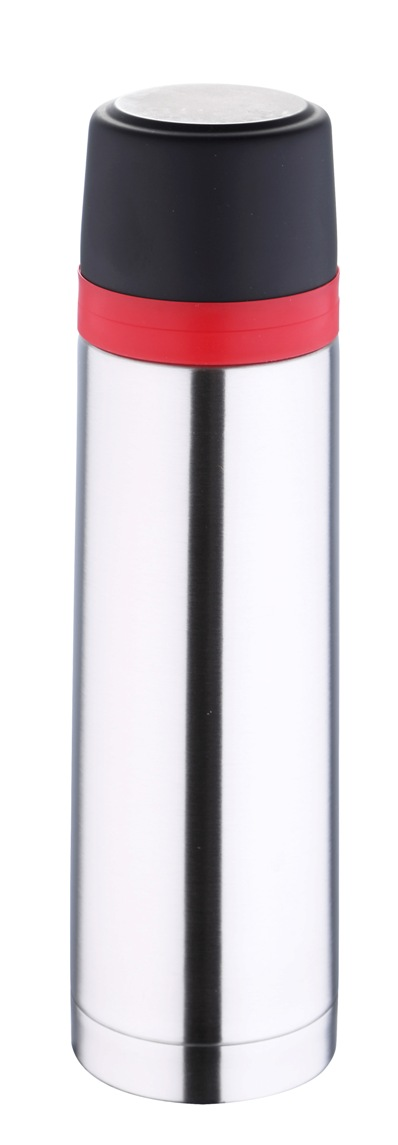 Термос Bergner, 1 л. 5977 MM-BGVT-1520(SR)Термос Bergner BG-5977MM серии Travel удобно использовать в любом путешествии. Объем термоса составляет целых 1000 мл. Корпус изготовлен из высококачественной нержавеющей стали, которая позволяет долгое время сохранять напитки в горячем виде. Удобная пластиковая крышка герметично закрывает термос и хорошо сочетается по цвету с красным ободком на корпусе. Нескользящая резиновая вставка на дне надежно удерживает термос в вертикальном положении на любой гладкой поверхности.
