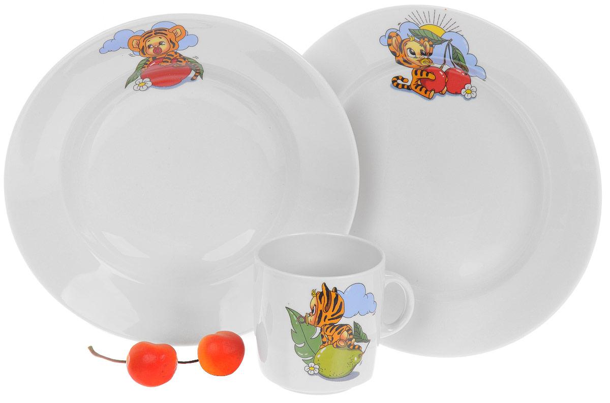Набор детской посуды Фарфор Вербилок Тигрята, 3 предмета. 18131520115510Набор посуды Тигрята изготовлен из высококачественного экологически чистого фарфора с глазурованный покрытием. В набор входят 3 предмета: кружка детская, обеденная тарелка и тарелка для супа. Посуда оформлена красочными рисунками. Набор, несомненно, привлечет внимание вашего ребенка и не позволит ему скучать. Порадуйте своего ребенка этим замечательным набором! Диаметр кружки (по верхнему краю): 7 см. Высота кружки: 7,5 см. Диаметр тарелки для супа: 19,5 см. Высота тарелки для супа: 4 см. Диаметр обеденной тарелки: 20 см. Высота обеденной тарелки: 2,5 см.