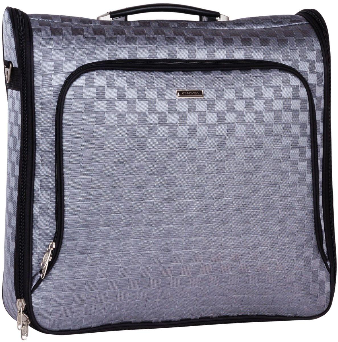 Портплед Polar, цвет: серый, 41 л, 53 х 55 х 14 см. П7084П7084Портплед представляет собой дорожный чехол, предназначенный для транспортировки костюмов или комплектов одежды. Портплед имеет складную конструкцию, что позволяет избежать сминания и деформации одежды. Портплед Polar выполнен из плотного полиэстера и застегивается на двойную застежку-молнию. Основной отдел в форме чехла с вешалкой. С внутренней стороны, посередине, фиксатор багажа. Сетчатый карман на молнии.С внешней стороны имеются объёмный и плоский карманы на молнии.Портплед оснащен ручкой для переноски, предусмотрен металлический крючок для подвешивания. В комплекте съемный плечевой ремень.