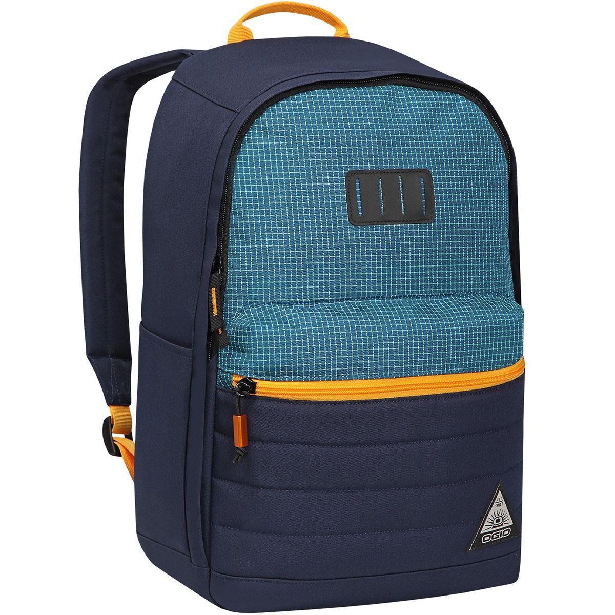 Рюкзак городской OGIO Urban. Lewis Pack (A/S), цвет: синий, желтый. 031652226951RivaCase 7560 redРюкзак OGIO Urban. Lewis Pack (A/S) разработан для ярких и модных людей! Он позволит вам взять с собой все необходимое.Рюкзак OGIO Urban. Lewis Pack (A/S) компактный, но при этом достаточно вместительный. Имеется специализированный отсек для ноутбука, а также уплотненный карман для ценных вещей на молнии. Внешний передний и боковой карманы на вертикальной молнии обеспечивают быстрый доступ к содержимому, позволяя всегда держать необходимые аксессуары и документы поблизости.OGIO - высокотехнологичный продукт от американского производителя. Вместимые сумки для путешествий, работы и отдыха, специальная коллекция городских сумок для женщин, жесткие боксы под мелкий инвентарь и многое другое.