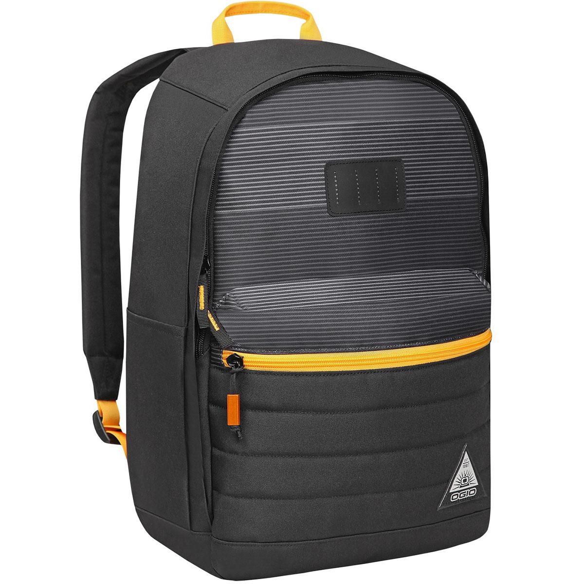 Рюкзак городской OGIO Urban. Lewis Pack (A/S), цвет: темно-серый, желтый. 031652226968031652226968Рюкзак OGIO Urban. Lewis Pack (A/S) разработан для ярких и модных людей! Он позволит вам взять с собой все необходимое. Рюкзак OGIO Urban. Lewis Pack (A/S) компактный, но при этом достаточно вместительный. Имеется специализированный отсек для ноутбука, а также уплотненный карман для ценных вещей на молнии. Внешний передний и боковой карманы на вертикальной молнии обеспечивают быстрый доступ к содержимому, позволяя всегда держать необходимые аксессуары и документы поблизости.OGIO - высокотехнологичный продукт от американского производителя. Вместимые сумки для путешествий, работы и отдыха, специальная коллекция городских сумок для женщин, жесткие боксы под мелкий инвентарь и многое другое.