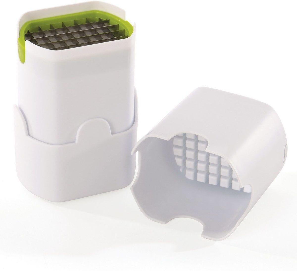 Нарезатель для картофеля фри BergHOFF Cook&Co54 009312Нарезатель для картофеля фри BergHOFF Cook&Co - удивительный инструмент, который подходит для нарезки идеальных кусочков картофеля фри, каждый раз, простым нажатием. Также работает и с луком, огурцами, морковью. Корпус изделия выполнен из высококачественного ABS пластика, а лезвие из нержавеющей стали. Прочная конструкция, удобная в хранении. Такой нарезатель станет незаменимым помощником при приготовлении картофеля фри. Можно мыть в посудомоечной машине.