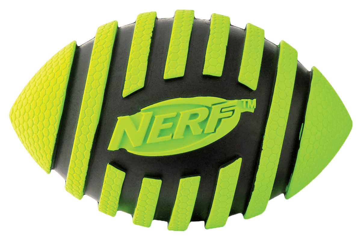 Игрушка для собак Nerf Мяч для регби, с пищалкой, цвет: черный, зеленый, 9 см75384Мяч-регби Nerf имеет рильефный рисунок.Высококачественные прочные материалы, из которых изготовлена игрушка, обеспечивают долговечность использования.Звук мяча дополнительно увлекает собаку игрой.Яркие привлекательные цвета.Размер S: 9 см.