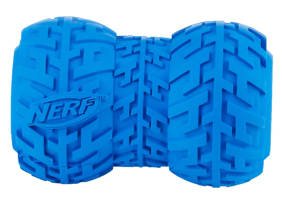 Игрушка-кормушка для собак Nerf Шина, цвет: голубой, 10 см0120710Игрушка Nerf имеет уникальный рисунок протектора шины.Подходит для собак с самой мощной челюстью. Высококачественные прочные материалы, из которых изготовлена игрушка, обеспечивают долговечность использования.Полость внутри предназначена для любимого лакомства вашего питомца.Яркие привлекательные цвета.Размер L: 10 см.