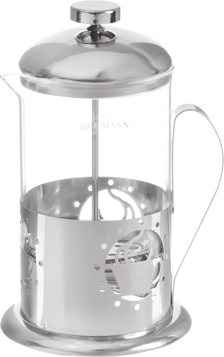 Френч-пресс Bohmann Чашка, 800 мл54 009312Френч-пресс Bohmann предназначен для чая или кофе. Металлический корпус украшен резным узором. Колба объемом 800 мл выполнена из термостойкого стекла, устойчивого к высоким температурам. Удобный пресс-фильтр надежно удерживает заварку на дне.Диаметр (по верхнему краю): 9 см. Высота: 27 см.