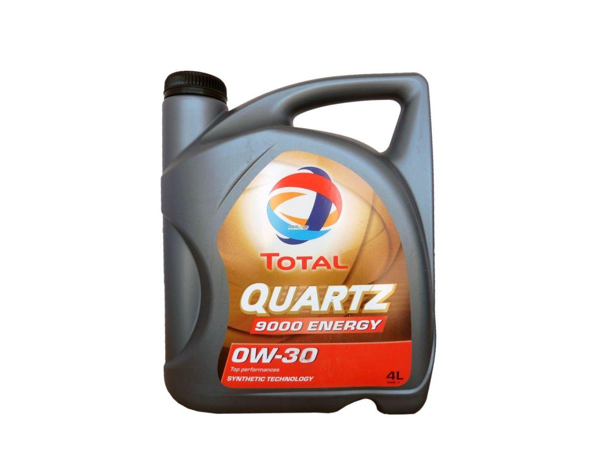 Моторное масло Total Quartz 9000 Energy 0W30, 4 лS03301004Полностью синтетическое моторное масло для бензиновых и дизельных двигателей легковых автомобилей. Обеспечивает чистоту двигателя, что позволяет сохранить его мощность. TOTAL Quartz Energy 9000 0W-30 снижает потребление топлива и уменьшает содержание вредных веществ в выхлопных газах. данное масло обеспечивает оптимально долгий срок службы двигателя благодаря отличным противоизносным свойствам, обеспечивающим защиту наиболее уязвимых узлов двигателя. Масло содержит моюще-диспергирующие присадки, поддерживающие чистоту в двигателе и его уровень эксплуатационных свойств, таким образом, сохраняя его мощность. Данное моторное масло может применяться в самых жестких условиях эксплуатации (городской трафик, движение по автомагистрали) и подходит для всех стилей вождения, в особенности спортивной или агрессивной езды, независимо от сезона.Эксплуатационные свойства масла превосходят технические требования крупнейших автопроизводителей, таким образом, данное масло подходит, по крайней мере, для 15 различных марок автомобилей.Спецификации производителей автомобилей BMW Longlife-01 / BMW LL-01, GM-LL-A-025, VW/AUDI 502 00, VW/AUDI 505 00, MB Approval 229.3 / MB 229.3, MB Approval 229.5 / MB 229.5