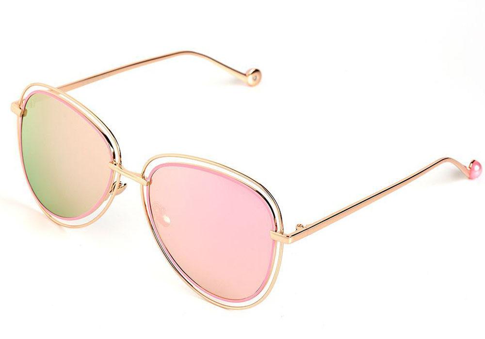 Очки солнцезащитные женские Selena, цвет: золотистый, розовый. 80035501INT-06501Солнцезащитные женские очки Selena выполнены из качественного материала. Линзы очков обеспечивают 100% защиту от ультрафиолетовых лучей.Такие очки защитят глаза от ультрафиолетовых лучей, подчеркнут вашу индивидуальность и сделают ваш образ завершенным.Размер (ширина линзы*ширина моста-длина дужки) 58*12-145.