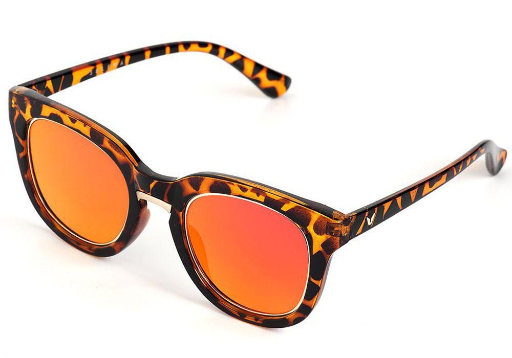Очки солнцезащитные женские Selena, цвет: коричневый, золотой. 80035571INT-06501Солнцезащитные женские очки Selena выполнены из качественного материала. Линзы очков обеспечивают 100% защиту от ультрафиолетовых лучей.Такие очки защитят глаза от ультрафиолетовых лучей, подчеркнут вашу индивидуальность и сделают ваш образ завершенным.Размер (ширина линзы*ширина моста-длина дужки) 56*20-145.