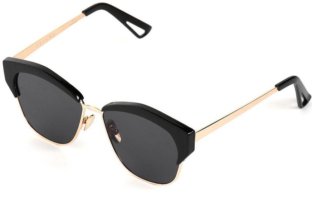 Очки солнцезащитные женские Selena, цвет: золотистый, черный. 8003560177-080-06Солнцезащитные женские очки Selena выполнены из качественного материала. Линзы очков обеспечивают 100% защиту от ультрафиолетовых лучей.Такие очки защитят глаза от ультрафиолетовых лучей, подчеркнут вашу индивидуальность и сделают ваш образ завершенным.Размер (ширина линзы*ширина моста-длина дужки) 56*20-140.