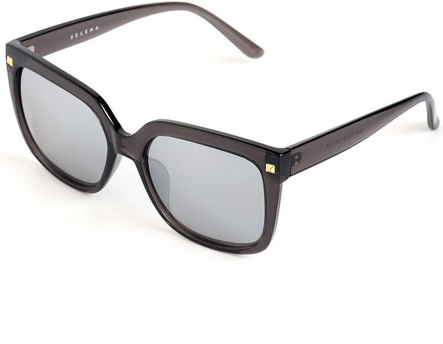 Очки солнцезащитные женские Selena, цвет: черный. 80036081BM8434-58AEСолнцезащитные женские очки Selena выполнены из качественного материала. Линзы очков обеспечивают 100% защиту от ультрафиолетовых лучей.Такие очки защитят глаза от ультрафиолетовых лучей, подчеркнут вашу индивидуальность и сделают ваш образ завершенным.Размер (ширина линзы*ширина моста-длина дужки) 60*19-145.