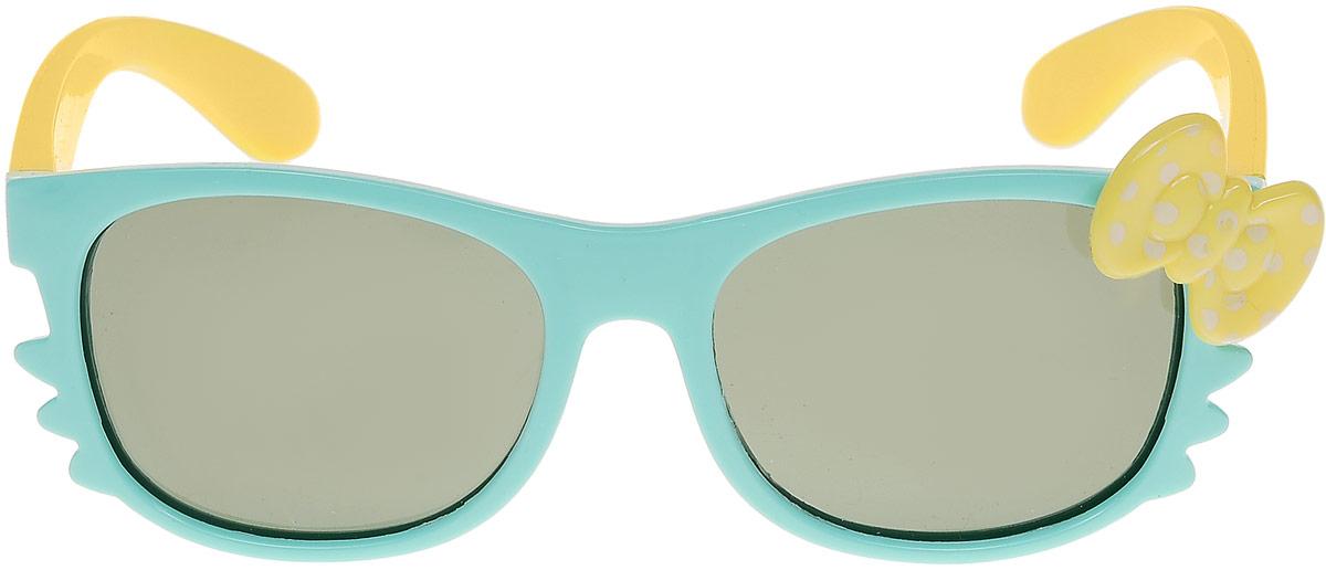 Очки солнцезащитные детские Vitacci, цвет: голубой. 13804-10INT-06501Стильные солнцезащитные очки Vitacci выполнены из пластика.Линзы дополнены защитой от ультрафиолетового излучения. Оправа очков легкая, прилегающей формы и обеспечивает максимальный комфорт.Такие очки станут прекрасным и модным аксессуаром и порадуют вашего ребенка.