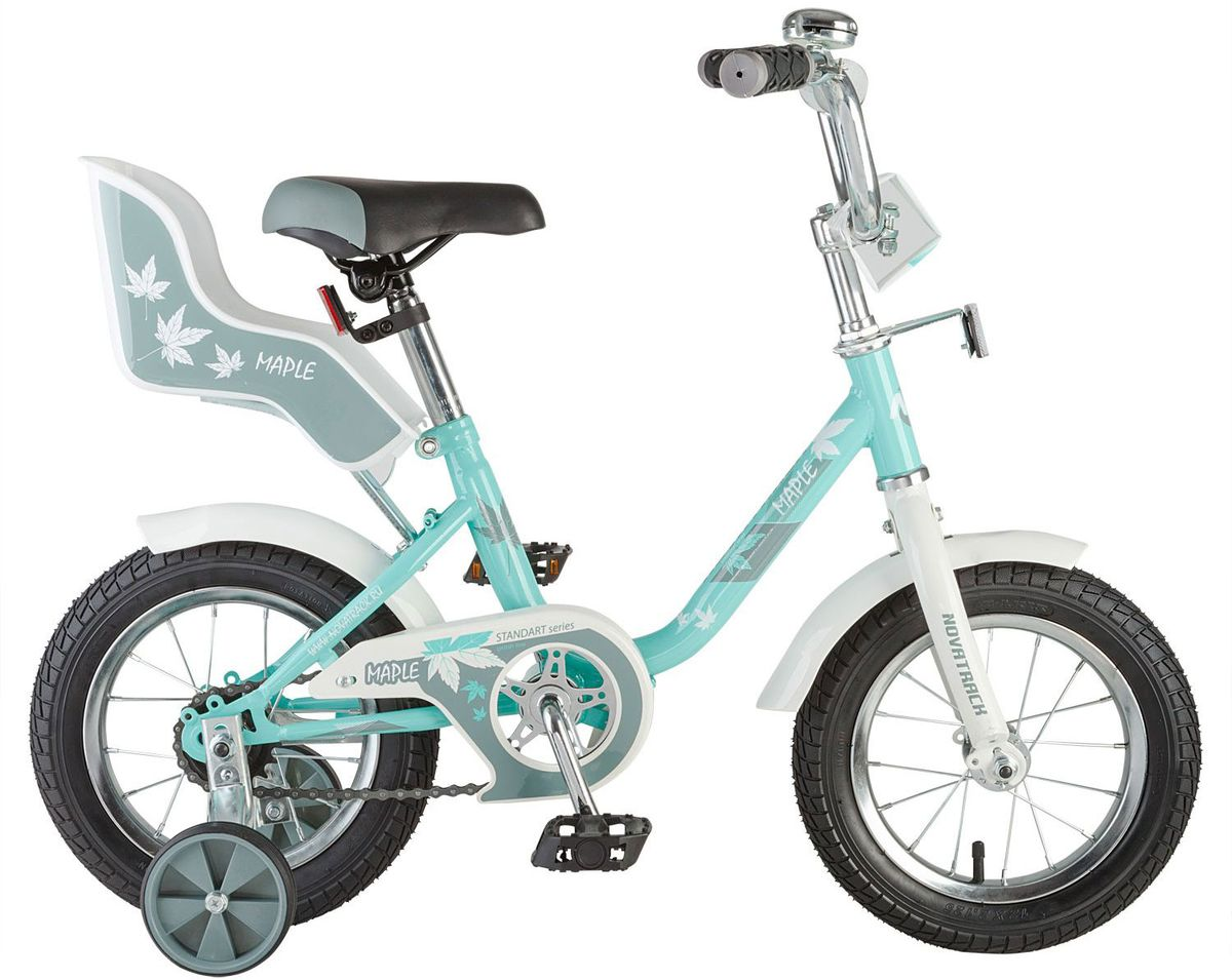 Велосипед детский Novatrack Maple, цвет: зеленый, 12MHDR2G/ANovatrack Maple 12'' – это надежный велосипед для девочек 2-4 лет, на котором очень легко начинать обучение езеде на велосипеде, и который обязательно станет предметом гордости маленькой леди. Регулируемые сидение и руль легко адаптируются под рост ребенка. Маленькие дополнительные колеса снимаются. Отличительная особенность этого велосипеда – это сидение для куклы, ведь как можно не взять с собой подругу на велопрогулку? Велосипед оснащен ножным тормозом, которым ребеноку легко пользоваться, защитой цепи, которая убережет нижнюю часть одежды от попадания в механизм. Велосипед оборудован ограничителем поворота руля, который не позволит вывернуть руль на слишком большой градус, тем самым обезопасит ребенка от опрокидывания.