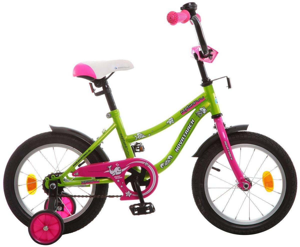 Велосипед детский Novatrack Neptune, цвет: зеленый, 14KBO-1014Если вам нужен качественный, надежный и оптимальный по цене велосипед для ребенка, то это, конечно - Novatrack Neptun 14'', который рассчитан на детей 3-5 лет. Достаточно только взглянуть на эту модель, чтобы понять, насколько удобно и безопасно будет чувствовать себя ваш сын или дочка. Да-да, этот велосипед прекрасно подойдет и мальчику, и девочке. Это детское двухколесное транспортное средство прекрасно управляется даже самыми неопытными велосипедистами. В частности, модель снабжена ограничителем поворота руля, что не позволит ребенку слишком сильно вывернуть переднее колесо велосипеда и упасть. Установлены дополнительные опции: защита цепи, стильные укороченные крылья, мягкие накладки, которые служат еще и элементом дизайна, громкий звонок и катафоты.