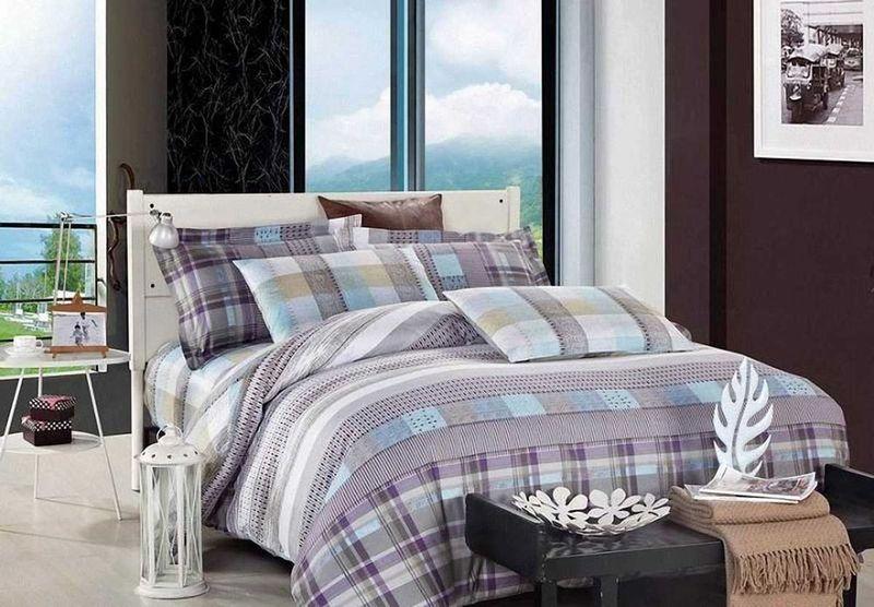 Комплект белья МарТекс Монако, 1,5-спальный, наволочки 70х70391602Комплект постельного белья МарТекс Монако, выполненный из сатина (100% хлопок), состоит из пододеяльника, простыни и двух наволочек. Изделия оформлены оригинальным принтом. Сатин - прочная, легкая и мягкая на ощупь ткань. Белье из него нелиняет при стирке и легко гладится. Эта ткань традиционно считаетсяодной из лучших для изготовления постельного белья.Такой комплект подойдет для любого стилевого и цветового решения интерьера, а также создаст в доме уют. Приобретая комплект постельного белья МарТекс, вы можете быть уверенны в том, что покупкадоставит вам и вашим близким удовольствие и подарит максимальный комфорт.