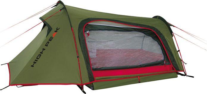Палатка High Peak Sparrow 2, цвет: зеленый, красный, 250 х 160 х 90 см. 1018667742Компактная палатка Sparrow High Peak конструкции полубочка отлично подойдет для велопутешествий и трекинга. Дуги продеваются в рукава на внешнем тенте, что позволяет быстро установить палатку даже в дождь, не намочив внутреннюю палатку. Двухслойная конструкция палатки очень комфортна для проживания даже в дождливую и холодную погоду. Материал тента имеет полиуретановое покрытие и водонепроницаемость не менее 3000 мм водяного столба. Это позволяет защититься от сильного ветра и дождя. Все швы проклеены термоусадочной лентой, гарантирующей, что влага не проникнет сквозь них. Два крупных вентиляционных окна с торцов палатки позволяют неплохо проветривать палатку даже при полностью застегнутом боковом входе. В жаркую погоду можно открыть тканевый полог и закрыть вход москитной сеткой для лучшей вентиляции. Высота внутренней палатки позволяет комфортно сидеть и переодеваться. Палатка имеет 6 оттяжек, надежно ее фиксирующих во время ветреной погоды.Дуги: фибергласс 7,9 мм.Тент: полиэстер 190Т 3000 мм.Дно: полиэстер 190Т 3000 мм.
