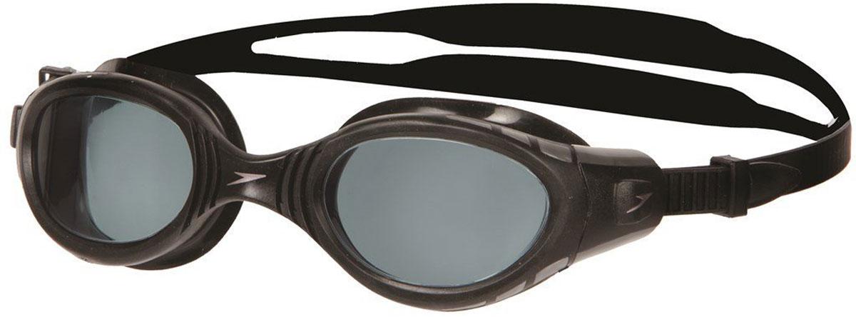 Очки для плавания Speedo Futura BioFUSE, цвет: черный, серыйJ504N-9093Плавательные очки Speedo Futura BioFUSE. Усовершенствованная модель популярных Futura. Уплотнитель BioFuse плотно прилегает, делая очки практически неощутимыми и не оставляет следов вокруг глаз. Линзы с покрытием Ultra Antifog не запотевают, не пропускают ультрафиолетовые лучи и имеют расширенный угол обзора. Система SpeedoFit для быстрой и простой подстройки. В комплект входит мешочек для очков. Линзы: поликарбонат. Оправа: полипропилен. Уплотнитель синтетическая резина TPR. Ремешок: силикон.