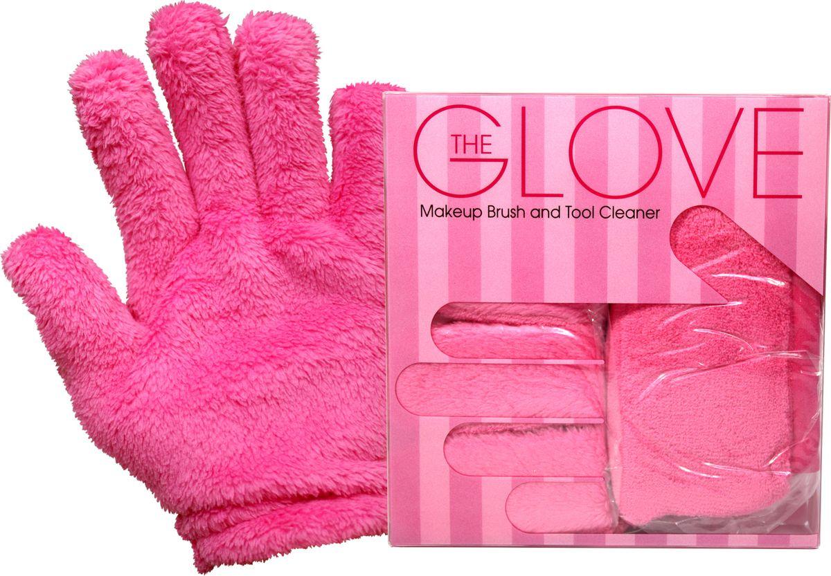 MakeUp Eraser перчатки для снятия макияжа (2 шт.)72523WDMakeup Eraser перчатки (розовые) с невероятной легкостью снимают макияж, аккуратно очищая кожу лица абсолютно естественным образом. Перчатка воздействует без применения привычных средств для удаления декоративной косметики или умывания, значительно упрощает повседневный ритуал ухода и очищения, делает его приятным и легким.Секрет магических свойств салфетки Makeup Eraser заключается в особом переплетении полиэстеровых нитей. При производстве изделия поверхность ткани не подвергается никакой химической обработке, что гарантирует ее гипоаллергенность и безопасность применения, а для того, чтобы начать процедуру использования салфетки, достаточно просто хорошо смочить ее в чистой теплой воде. Салфетку Makeup Eraser можно с успехом применять для любого типа кожи, в том числе очень чувствительной, ее мягкое воздействие не вызывает раздражений или покраснений, высокий уровень качества ткани гарантирует длительное использование салфетки, а ее великолепные очищающие и ухаживающие свойства не снижаются даже после многократных стирок изделия.