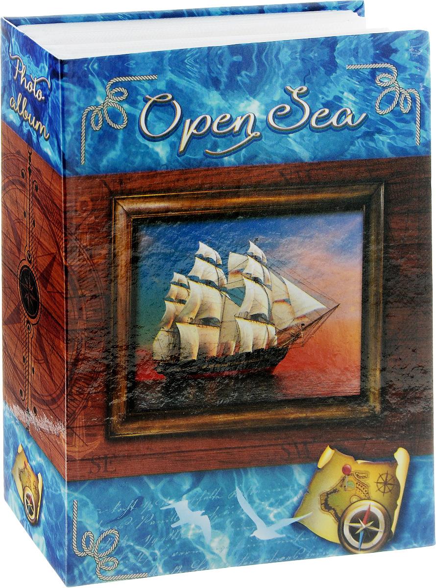 Фотоальбом Pioneer Open Sea, 100 фотографий, 10 x 15 см74-0120Фотоальбом Pioneer Open Sea поможет красиво оформить ваши самые интересные фотографии. Обложка, выполненная из толстого ламинированного картона, оформлена ярким изображением. Внутри содержится блок из 50 белых листов с фиксаторами-окошками из полипропилена. Альбом рассчитан на 100 фотографий формата 10 х 15 см (по 1 фотографии на странице). Переплет - высокочастотная сварка. Нам всегда так приятно вспоминать о самых счастливых моментах жизни, запечатленных на фотографиях. Поэтому фотоальбом является универсальным подарком к любому празднику.Количество листов: 50.