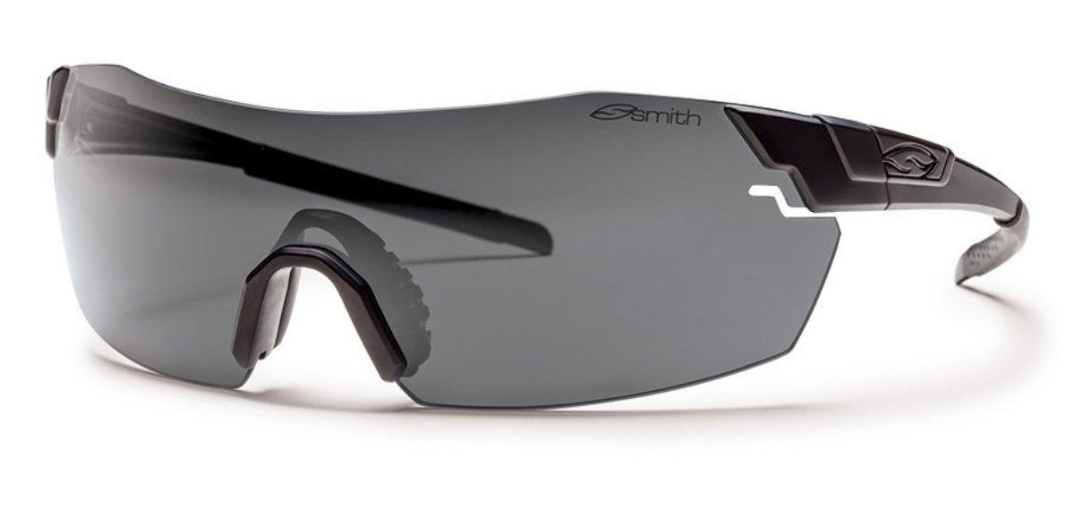 Защитные баллистические очки Smith Optics Pivlock V2 Elite, цвет: черныйPVTPCGYBKЭргономичная форма и мягкое нескользящее покрытие дужек и наносниказащитные баллистических очков Smith Optics Pivlock V2 Elite, гарантируют удобство и комфорт в ношении. Цвет дужек и наносника черный.Наносник имеет 3-х позиционную регулировку под ширину переносицыЗатемненные линзы со светопропусканием 15% для использования в условиях чрезмерно яркого освещения. В комплекте также розрачные линзы, имеющие 92% светопропускания и обеспечивающие 100% защиту от ультрафиолета. Технология крепления линз позволяет быстро их менять. Благодаря технологии FreeFloat линзы имеют уникальную форму и способ крепления дужек и это сохраняет геометрию поля зрения пользователя Применение технологии TLT гарантирует отсутствие дисторсии изображения.Специальное покрытие предохраняет линзы от запотевания и царапин. Все линзы соответствуют стандартам баллистической защиты MIL-PRF-31013 и ANSI Z87.1Размер головы - от 58 смШирина линз - 45 мм.Комплект поставки: Очки с темными линзами Сменные прозрачные линзы Мягкий матерчатый чехол для очков или линз Жесткий футляр для всего комплекта Упаковочная коробка
