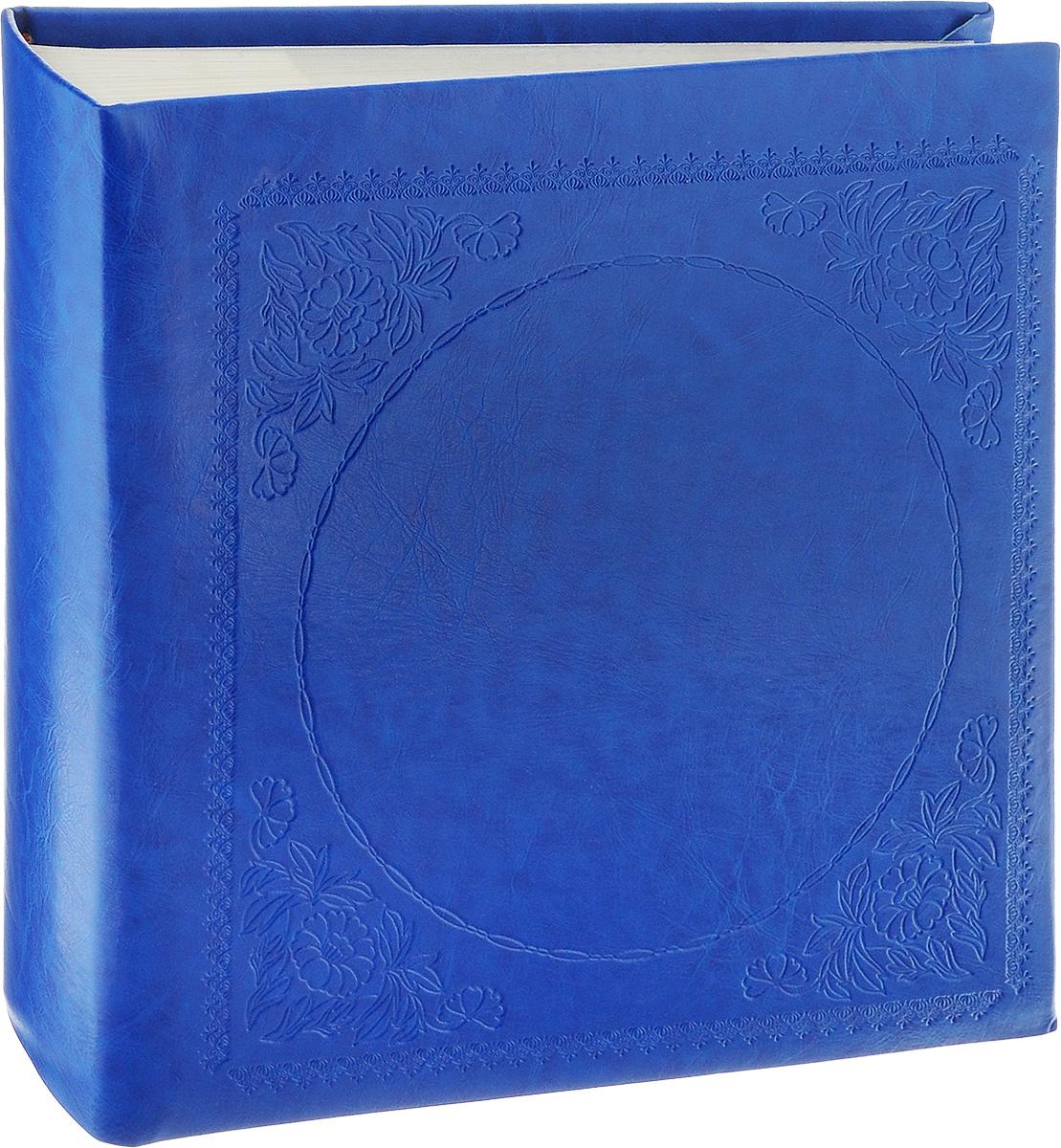 Фотоальбом Pioneer Glossy Leathern, 200 фотографий, цвет: синий, 10 x 15 см46835 LT-4R200PPBB/WФотоальбом Pioneer Glossy Leathern позволит вам запечатлеть незабываемые моменты вашей жизни, сохранить свои истории и воспоминания на его страницах. Обложка из толстого картона обтянута искусственной кожей и оформлена декоративным тиснением. Фотоальбом рассчитан на 200 фотографий форматом 10 x 15 см (по 2 на странице). Имеются поля для подписей. Такой необычный фотоальбом позволит легко заполнить страницы вашей истории, и с годами ничего не забудется.Тип обложки: Делюкс (Искусственная кожа).Страницы: Бумажные.Тип переплета: Книжный.Кол-во фотографий: 200.Материалы, использованные в изготовлении альбома, обеспечивают высокое качество хранения ваших фотографий, поэтому фотографии не желтеют со временем.