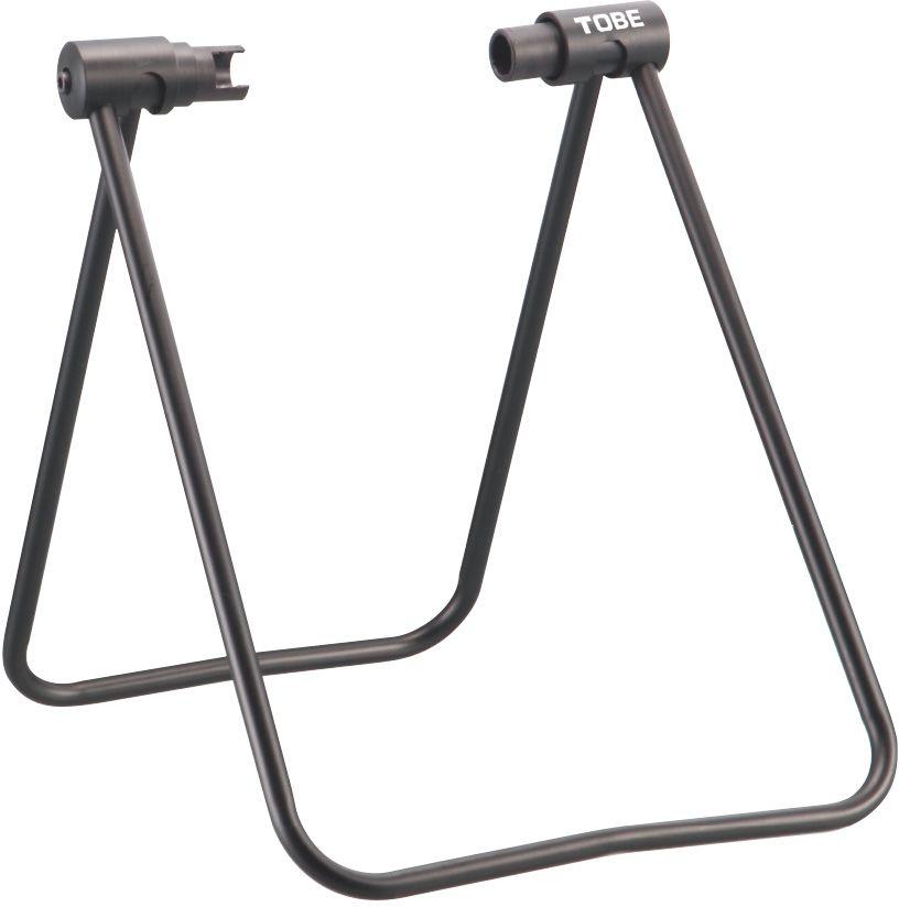 Стойка регулируемая To Be, под заднее колесо. 2054Z90 blackСтойки для велосипеда B196015 Предназначена для удержания заднего колеса в воздухе для выполнения регламентных работ, таких как: цепи смазки,регулировка переключателей, для хранения или демонстрации велосипеда в торговых залах Особенности:Для Shimano®, Campagnolo® и комплектов обычных колес 20-29