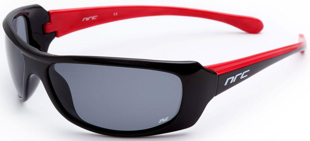 Очки солнцезащитные NRC, поляризованные, цвет: черный. 2100021000Очки солнцезащитные NRC - предназначены, как для езды на велосипеде, так и для многих других видов спорта. Бренд NRC известен собственными фирменными разработками, адаптирующими очки под разные климатические условия, различное время суток, степень освещенности, а также под индивидуальные потребности каждого конкретного пользователя. Особенности:Дымчатые поляризованные линзыМатериал оправы – термопластичный эластомер (ТPE)Оправа - небьющаяся, гибкая, мягкая, легкая, удобная и безопасная Материал линзы - триацетат целлюлоза (TAC)Особенности линзы - поляризованная [BIO]Покрытие – защитное от царапин [NOSCRATCH]Прозрачность -21%Категория фильтра -2Вес -28,3 гКривизна (изгиб) -9