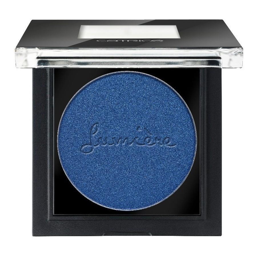 Catrice Тени для век Pret-a-Lumiere Longlasting Eyeshadow 090 Allez Les Bleus синий 2 грSC-FM20104Высокая концентрация пигмента в сочетании с легчайшей, почти невесомой текстурой – отличительная особенность новых теней CATRICE Pret-a-Lumiere Longlasting Eyeshadow. Секрет – в инновационной, невероятно плотной кремовой текстуре, благодаря которой тени идеально наносятся: достаточно одного слоя, чтобы получить максимально насыщенный цвет. Тени представлены в девяти актуальных оттенках, среди которых – нежный мятный, насыщенный синий и элегантный золотой.