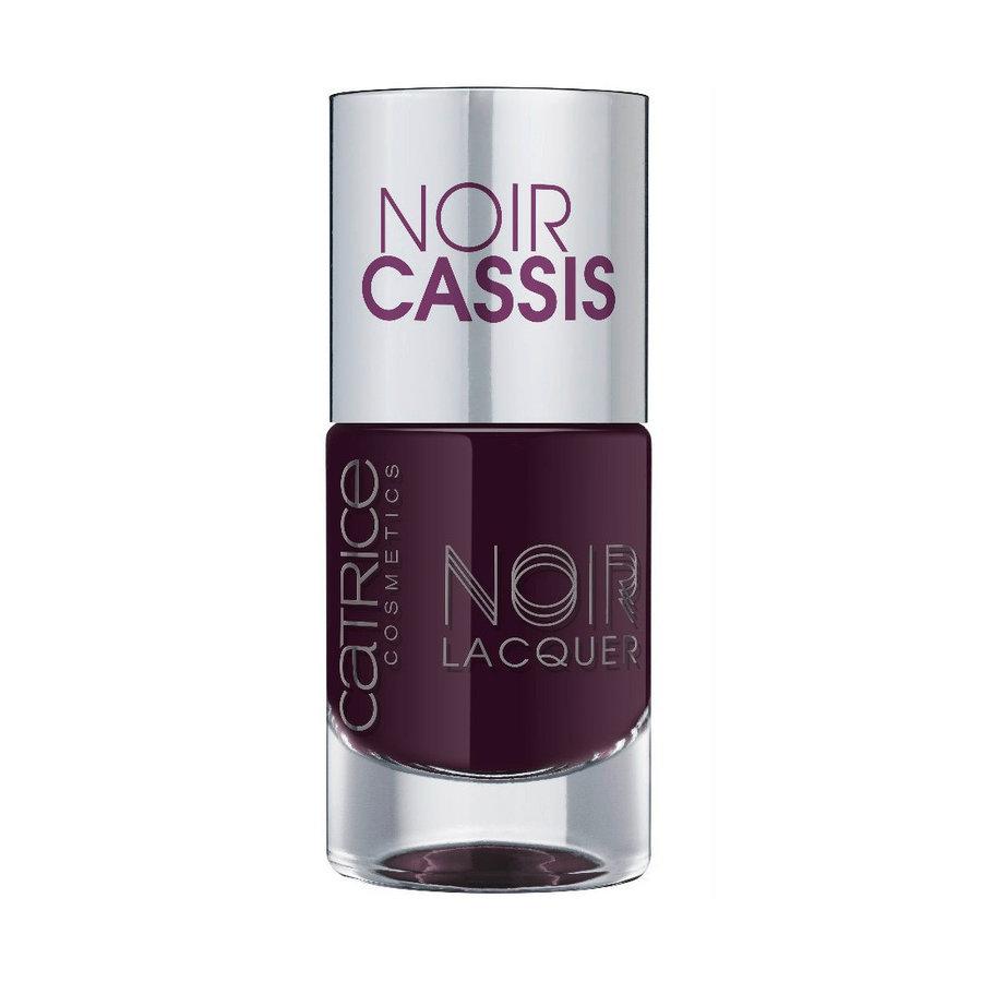 Catrice Лак для ногтей Noir Noir Lacquers 03 Noir Cassis баклажан 10 млSC-FM20104Стойкая формула и эффектный глянцевый блеск, новые лакиCATRICENoirNoirLacquers– словно коллекция «маленьких черных платьев» для ногтей! В каждом из них глубокий черный тон дополнен едва уловимой ноткой цвета – зеленого, синего, фиолетового или красного. Плотная текстура обеспечивает равномерное нанесение.