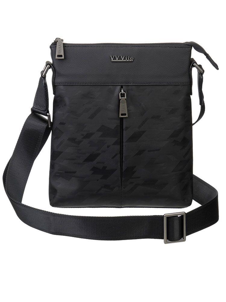 Сумка мужская Vera Victoria Vito, цвет: черный. 35-709-1BM8434-58AEСтильная и компактная мужская сумка на плечо Vera Victoria Vito представлена в черном цвете! Великолепный дизайн выполнен очень лаконично, учитывая все потребности современного делового мужчины. Несмотря на небольшие размеры, эта модель способна вместить все Ваши самые необходимые ценности. Модель отличается высокой практичностью и надёжностью за счет превосходного текстиля с отделкой из натуральной кожи. Закрывается на молнию. Длинная ручка очень удобно регулируется по нужной Вам длине. Два небольших внешних кармана на молнии позволит быстро найти мелкие предметы, не открывая основное отделение. Внутри один отдел, карман на молнии и карман для мелочей. Позвольте себе брать всё необходимое с собой!