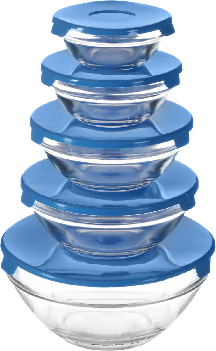 Набор мисок Bradex, с крышками, 5 шт115510Разные по объему миски незаменимы на любой кухне! Имея такой набор, вы сможете готовить и сервировать любые салаты, подавать в них на стол свежие фрукты, а также использовать их для хранения различных продуктов. Каждая миска из жаропрочного стекла снабжена пластиковой крышкой, чтобы приготовленное блюдо или продукты не испортились и не потеряли аппетитный вид во время хранения в холодильнике. Объем: 150 мл, 200 мл, 350 мл, 500 мл, 900 мл.