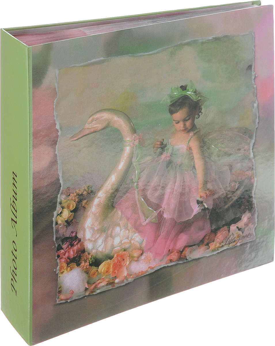 Фотоальбом Pioneer Liza Jane-Fairy, 200 фотографий, цвет: зеленый, 10 x 15 см12723Фотоальбом Pioneer Liza Jane-Fairy позволит вам запечатлеть незабываемые моменты вашей жизни, сохранить свои истории и воспоминания на его страницах. Обложка из толстого картона оформлена оригинальным принтом. Фотоальбом рассчитан на 200 фотографии форматом 10 x 15 см. На каждом развороте имеются поля для заполнения и два кармашка для фотографий. Такой необычный фотоальбом позволит легко заполнить страницы вашей истории, и с годами ничего не забудется.Тип обложки: Ламинированный картон.Тип листов: бумажные.Тип переплета: книжный.Кол-во фотографий: 200.Материалы, использованные в изготовлении альбома, обеспечивают высокое качество хранения ваших фотографий, поэтому фотографии не желтеют со временем.