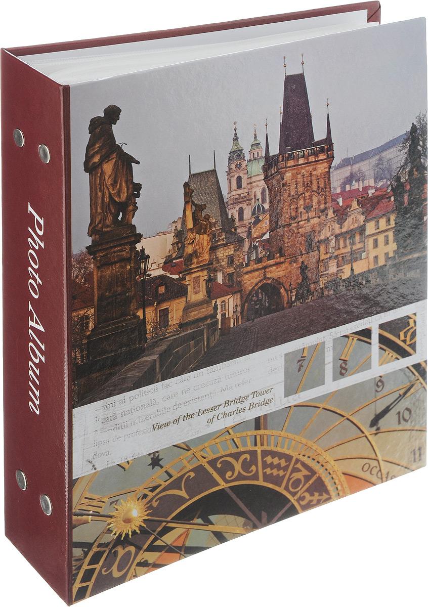 Фотоальбом Pioneer Traveler, 200 фотографий, цвет: бордовый, темно-зеленый, 10 x 15 см12723Фотоальбом Pioneer Traveler поможет красиво оформить ваши самые интересныефотографии. Обложка из толстого картона оформлена оригинальным принтом. Фотоальбом рассчитан на 200 фотографий форматом 10 x 15 см. Внутри содержится блок из 50 листов с окошками из полипропилена, одна страница оформлена двумя окошками для фотографий. Такой необычный фотоальбом позволит легко заполнить страницы вашей истории, и с годами ничего не забудется.Альбом для фотографий формата 10 х 15 см.Тип обложки: картон.Тип листов: полипропиленовые.Тип переплета: высокочастотная сварка.Материалы, использованные в изготовлении альбома, обеспечивают высокое качество хранения ваших фотографий, поэтому фотографии не желтеют со временем.