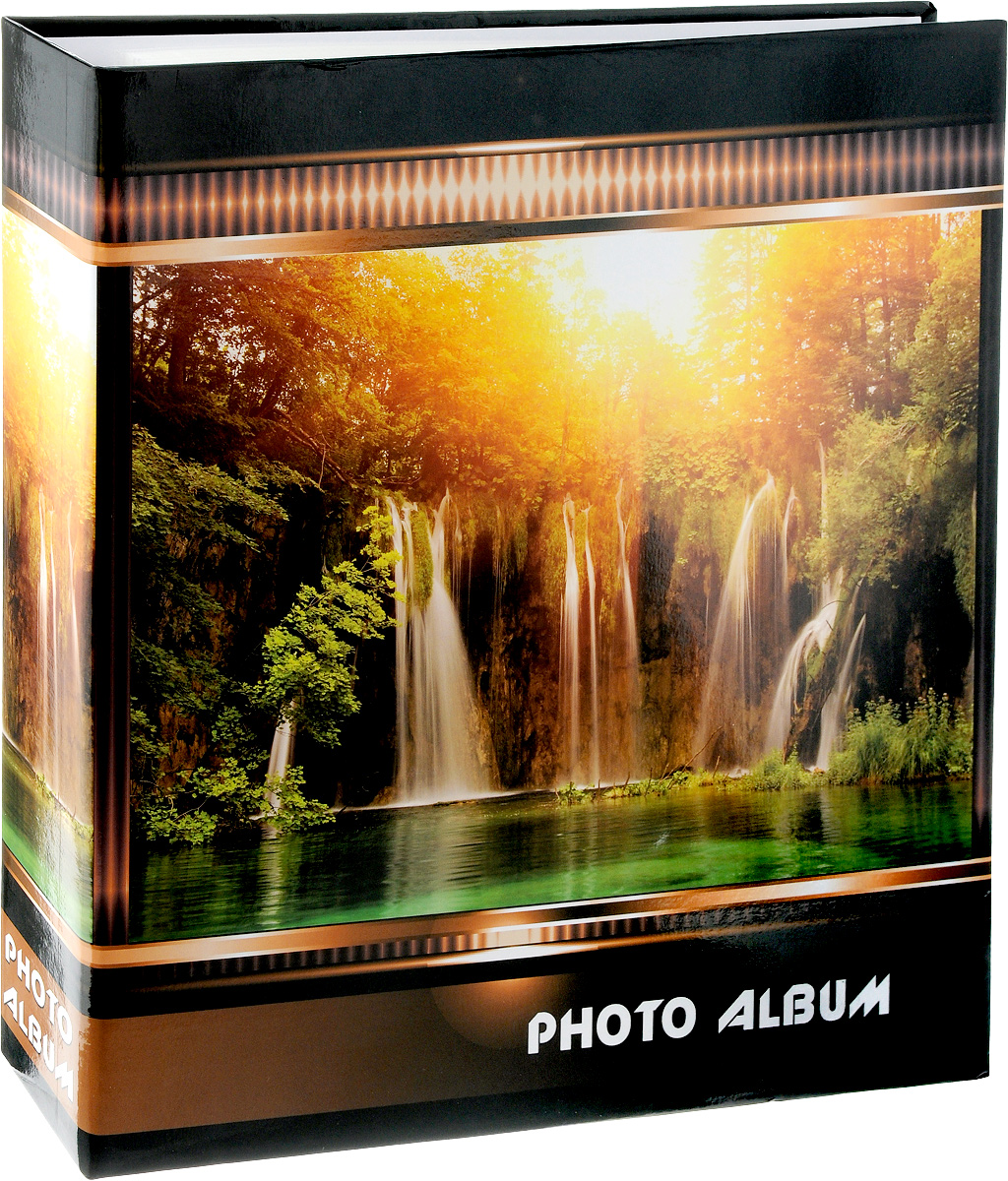 Фотоальбом Pioneer Waterfalls, 500 фотографий, цвет: оранжевый, коричневый, 10 x 15 см3М1614_ голубой, 9820-30/FФотоальбом Pioneer Waterfalls позволит вам запечатлеть незабываемые моменты вашей жизни, сохранить свои истории и воспоминания на его страницах. Обложка из ламинированного картона оформлена принтом в виде водопада. Фотоальбом рассчитан на 500 фотографии форматом 10 x 15 см. Фотографии фиксируется внутри с помощью кармашек. Такой необычный фотоальбом позволит легко заполнить страницы вашей истории, и с годами ничего не забудется. На странице размещаются 5 фотографий: 3 горизонтально и 2 вертикально. Количество страниц: 100. Материал обложки: Ламинированный картон. Переплет: на кольцах. Материалы, использованные в изготовлении альбома, обеспечивают высокое качество хранения ваших фотографий, поэтому фотографии не желтеют со временем.Материалы, использованные в изготовлении альбома, обеспечивают высокое качество хранения ваших фотографий, поэтому фотографии не желтеют со временем.