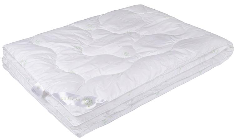 Одеяло Ecotex Бамбук-Премиум, наполнитель: бамбуковое волокно, цвет: белый, 200 х 220 смGC220/05- экологически чистый природный материал;- не вызывает раздражения;- ощущение свежести: регулирует влажность и теплообмен;- долговечность: сохраняет свои первоначальные свойства и форму после многократной эксплуатации.