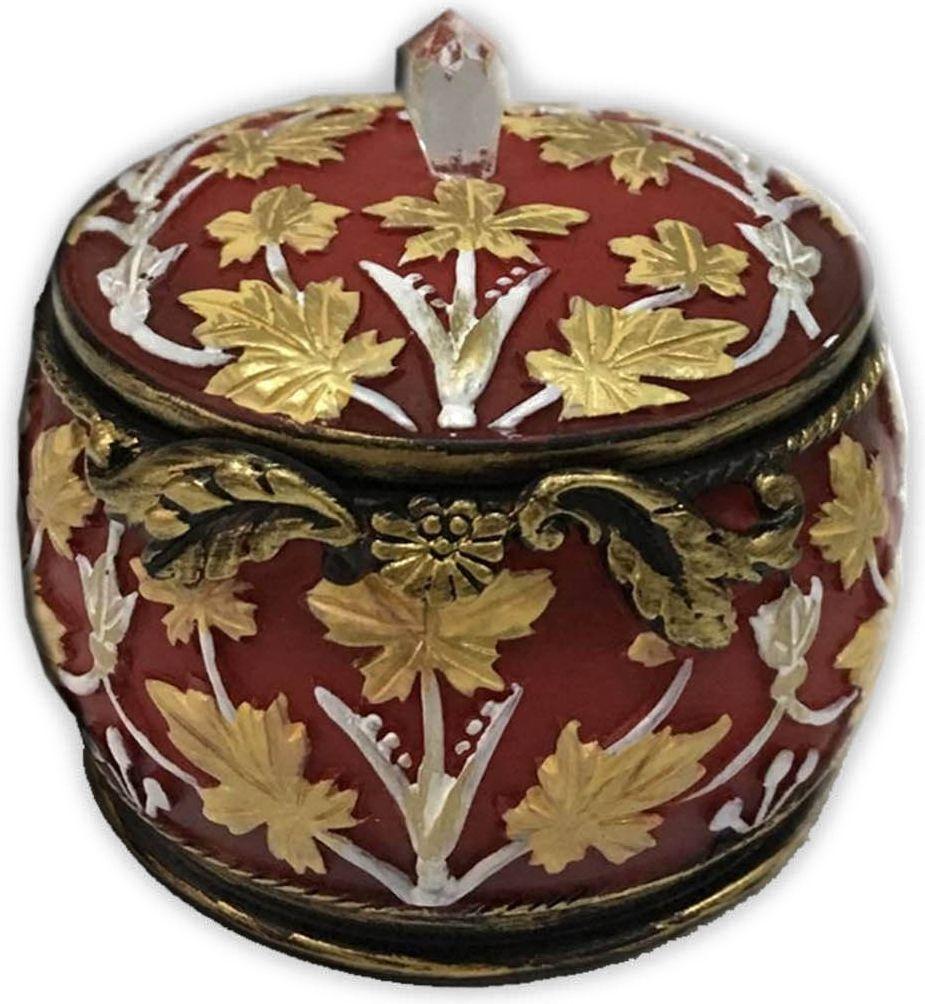 Шкатулка декоративная Magic Home, цвет: бордовый, 7 х 7 х 6 смFS-91909Декоративная шкатулка Magic Home, изготовленная из высококачественной полирезины в винтажном стиле, не оставит равнодушным ни одного любителя красивых вещей. Шкатулка может использоваться для хранения бижутерии, в качестве украшения интерьера, а также послужит хорошим подарком для человека, ценящего практичные и оригинальные вещи.