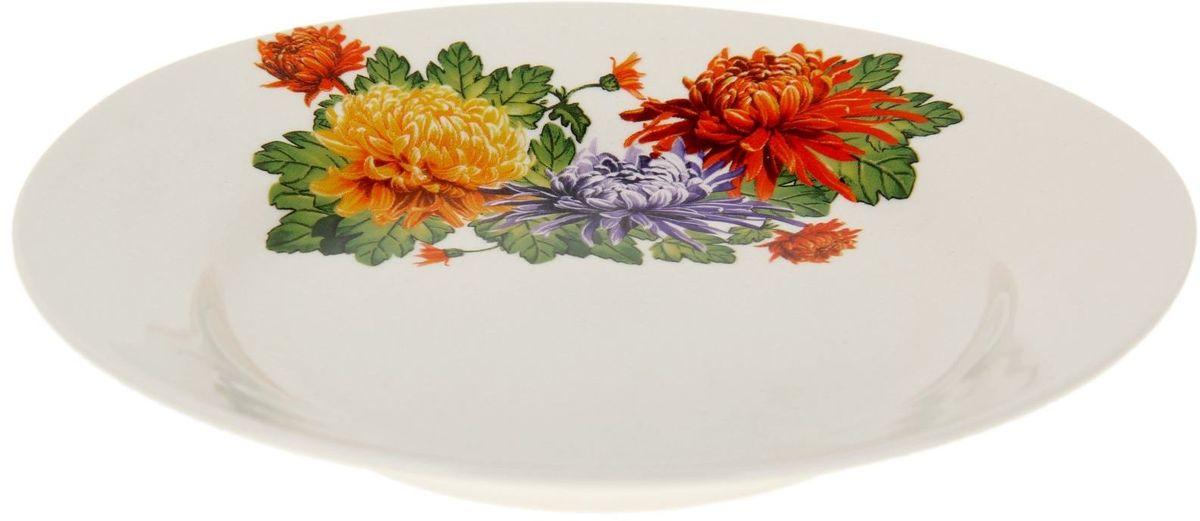 Тарелка Дружковский фарфор Корона. Хризантема, диаметр 17,5 смVT-1520(SR)Тарелка Дружковский фарфор - необходимый для любой хозяйки предмет, который сочетает в себе отличное качество и дизайн. Тарелка изготовлена из высококачественной керамики, имеет высокую прочность, стойкость к сколам и царапинам, оформлена ярким рисунком. Такая тарелка станет преданным помощником на вашей кухне.
