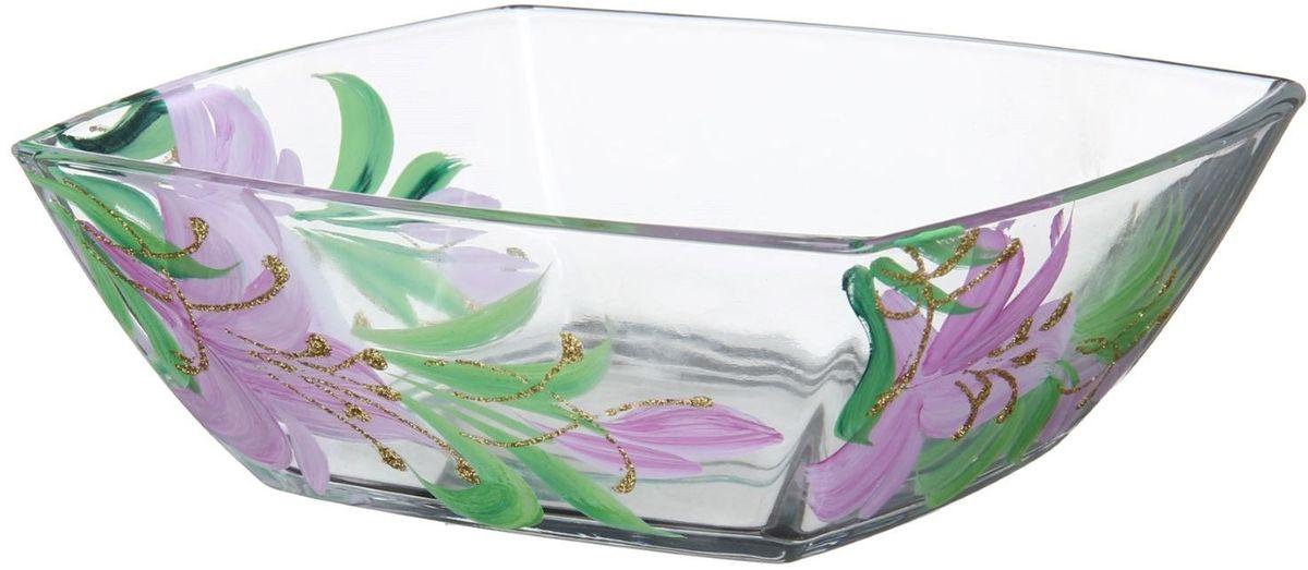 Салатник Хрустальный звон Токио, 550 мл. 1193711115510Салатник Токио изготовлен из бесцветного стекла и украшен художественной росписью на прозрачном стекле. Идеально подходит для сервировки стола.Салатник не только украсит ваш кухонный стол и подчеркнет прекрасный вкус хозяйки, но и станет отличным подарком.