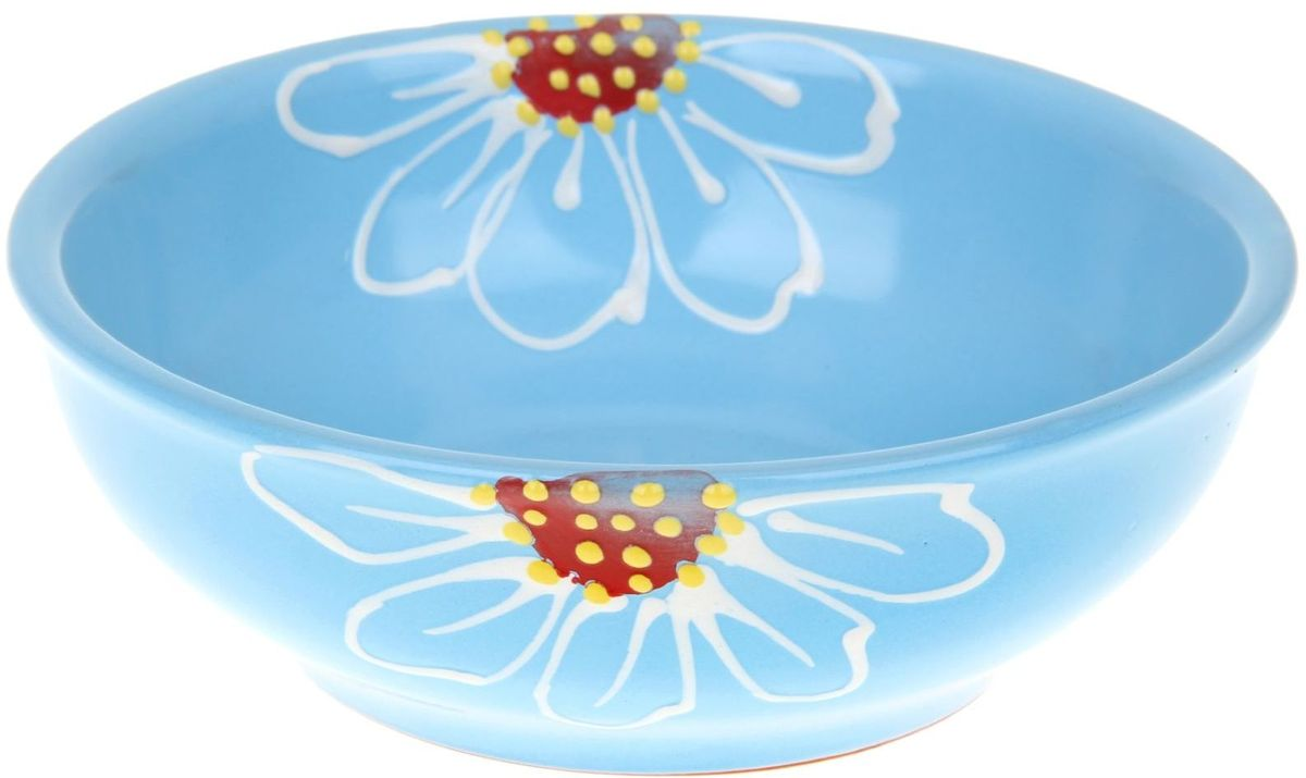 Миска Псковский гончар, цвет: синий, 600 мл54 009312Из красивой посуды любое блюдо кажется вкусней! Специальная миска превратит каждый прием пищи в праздник! Вы можете налить в неё любой суп, использовать под вторые блюда. Из неё приятно кушать окрошку. Но это еще не всё!Материал:Специальный материал - красная глина - позволит ставить миску в духовку, на аэрогриль и в СВЧ-печь. Специальный обжиг повышает прочность и долговечность изделия. Безопасная глазурь облегчит процесс мытья. Любой продукт, приготовленный в ней, приобретает «эффект русской печи» - особый вкус и аромат, с сохранением полезных витаминов и минералов. Блюда надолго сохранят свою температуру благодаря пористой структуре изделия.Дизайн:Лаконичная форма и яркая расцветка будут поднимать настроение и аппетит, притягивать взгляды и вызывать желание попробовать содержимое миски от «Псковского гончара»! Устойчивое донышко предотвращает возможность опрокидывания.Выбирайте качественные вещи, которые будут радовать вас долгие годы и создадут на вашем столе неповторимую атмосферу уюта и тепла!
