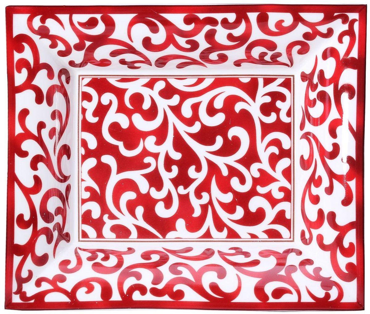 Чаша Lamart Узоры, 15,5 х 18,5 х 3,5 см54 009312Вместе с оригинальной чашей ручной работы Узоры известной итальянской фабрики Lamart ваш стол расцветет новыми яркими и жизнерадостными красками. Замечательная чаша, с потрясающим мастерством изготовленная из ценного костяного фарфора, станет настоящим украшением интерьера кухни или столовой и добавит даже будничному ужину новизны и неординарности. Благодаря превосходному качеству и эффектному дизайну она станет прекрасным подарком для хозяйки дома, ведь женщины знают цену таким вещам.