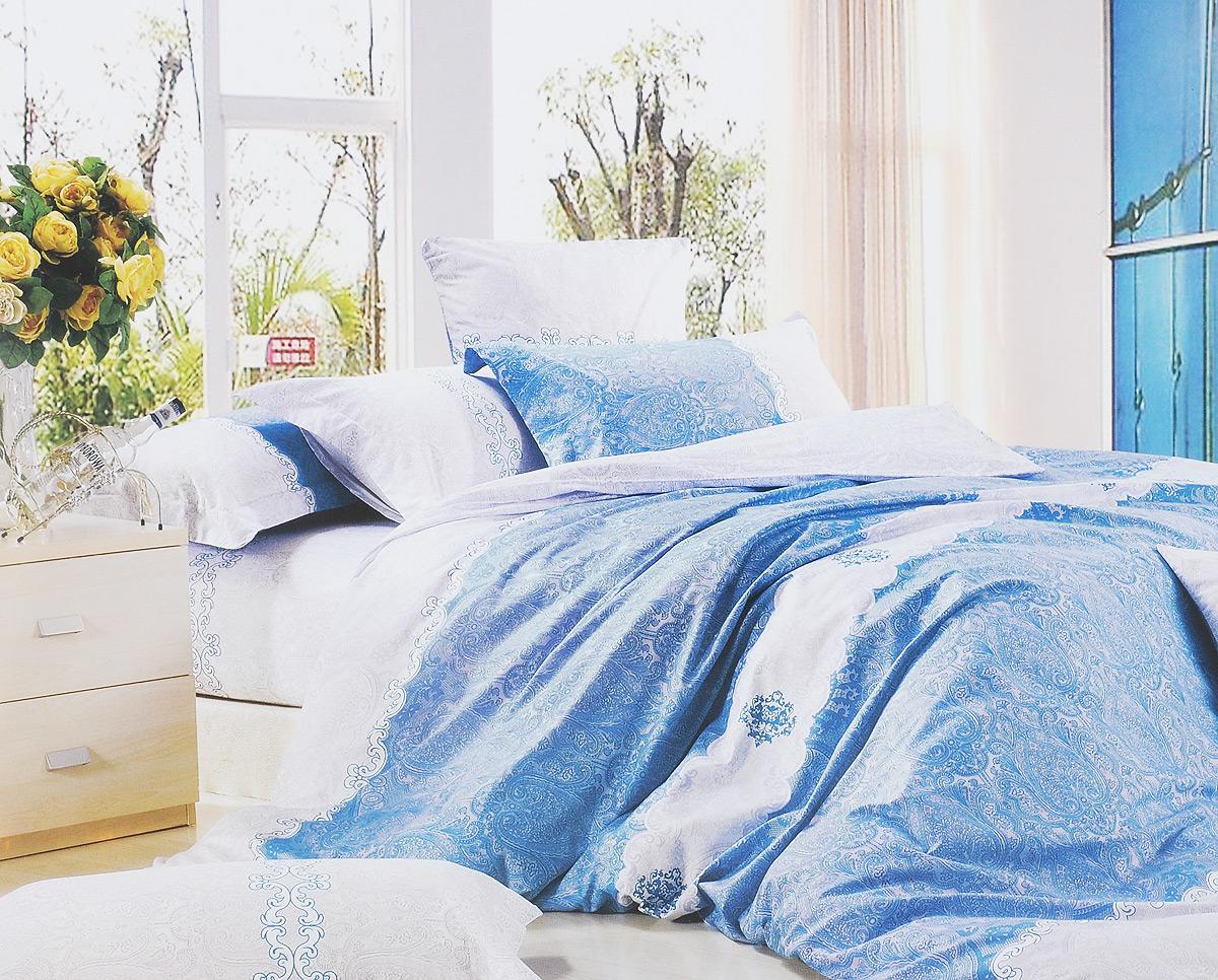 Комплект белья МарТекс Голубое кружево, евро, наволочки 50х70, 70х70, цвет: голубой, белый, серыйCLP446Комплект постельного белья МарТекс Голубое кружево состоит из пододеяльника на молнии, простыни и четырех наволочек. Постельное белье оформлено оригинальным ярким рисунком и имеет изысканный внешний вид. Сатин - производится из высших сортов хлопка, а своим блеском, легкостью и на ощупь напоминает шелк. Такая ткань рассчитана на 200 стирок и более. Постельное белье из сатина превращает жаркие летние ночи в прохладные и освежающие, а холодные зимние - в теплые и согревающие. Благодаря натуральному хлопку, комплект постельного белья из сатина приобретает способность пропускать воздух, давая возможность телу дышать. Одно из преимуществ материала в том, что он практически не мнется и ваша спальня всегда будет аккуратной и нарядной. Приобретая комплект постельного белья МарТекс Голубое кружево, вы можете быть уверенны в том, что покупка доставит вам и вашим близким удовольствие и подарит максимальный комфорт.